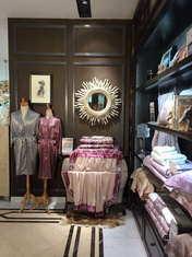 紫羅蘭家紡店面1